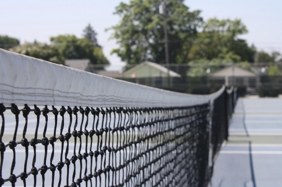 A net on Lincoln's courts, pictured, is ready for the action. (Santiago Robles / Lincoln Lion Tales)