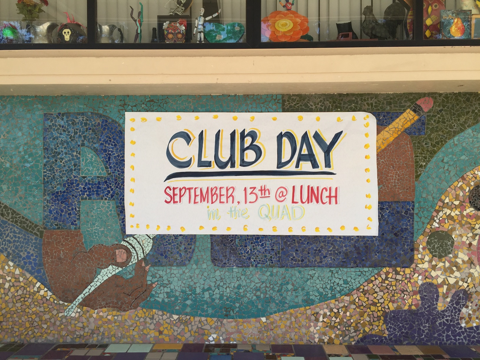 Club day poster hanging outside the art room (Marelyn Aguirre/Lion Tales)