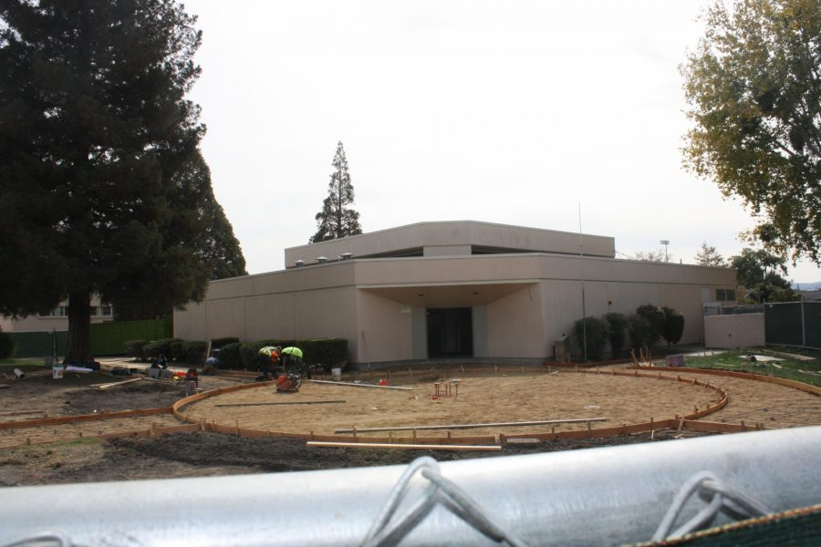 Front of Media Center during renovation process, October 2016. (Fernando Serna / Lion Tales)