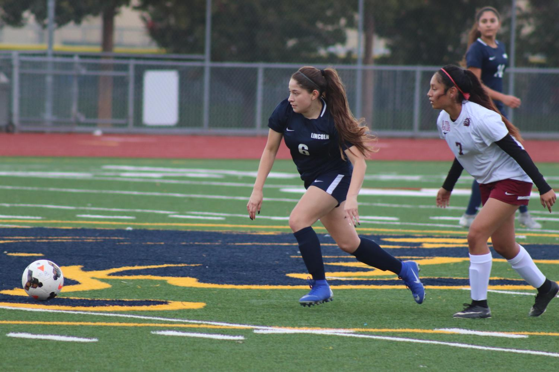 2018 Varsity Girls Soccer (Lincoln Lion Tales)
