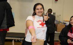Donando sangre para ayudar a salvar vidas en Lincoln